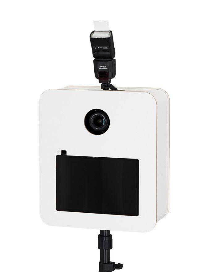 Fotobox mit höhenverstellbarem  Stativ